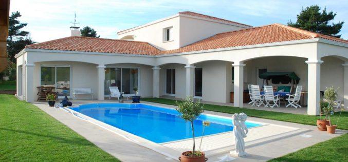 Acheter une maison : avec ou sans piscine ?