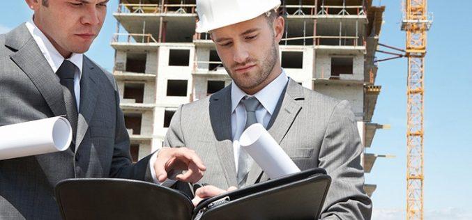Vendre son terrain à un promoteur immobilier : un bon plan ?