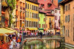 Acheter une maison pour vivre ou pour investir à Annecy